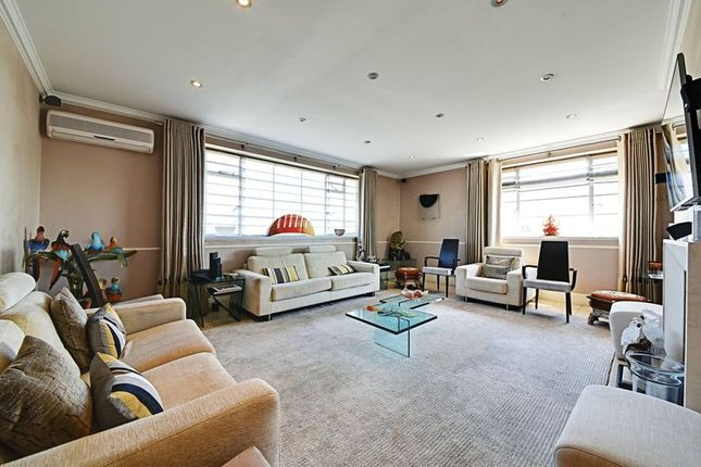 Thumbnail Flat to rent in North Gate, Prince Albert Road, London