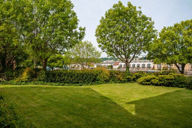 Communal Gardens of Portland Court, Cumberland Close, Bristol BS1