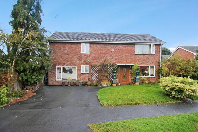 Thumbnail Detached house for sale in Oakwood Grove, Warwick, Warwickshire