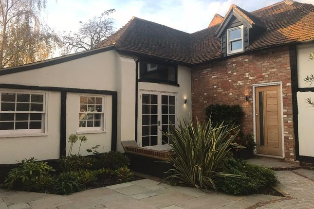 Thumbnail Semi-detached house to rent in High Street, Edenbridge