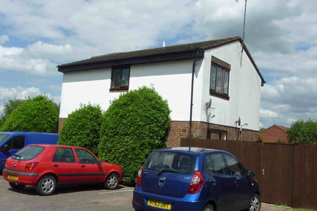 1 bed flat to rent in Shirley Road, Abbots Langley WD5