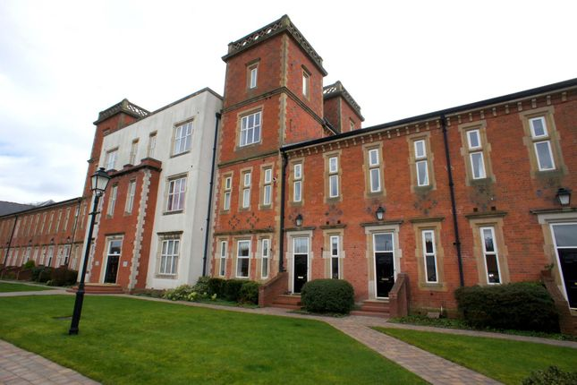 Thumbnail Town house to rent in Duesbury Court, Mickleover, Derby