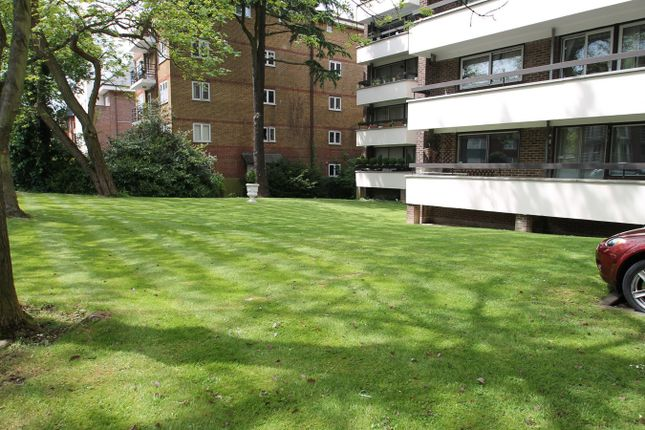 Thumbnail Flat to rent in Station Road, New Barnet, Barnet