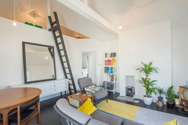 Thumbnail Flat for sale in Grove Road, Walmer