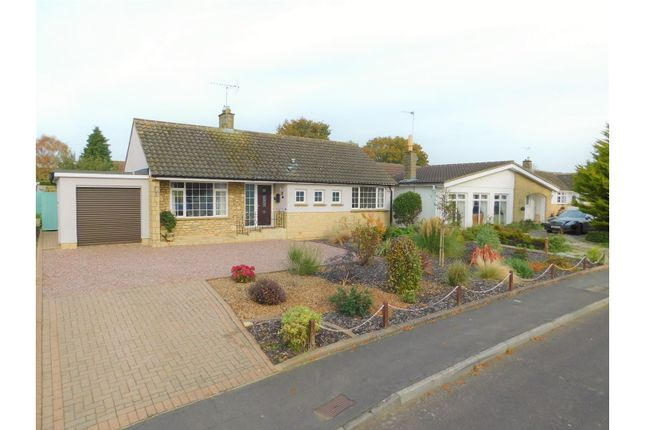 2 bed detached bungalow for sale in Chestnut Springs - Lydiard Millicent, Swindon