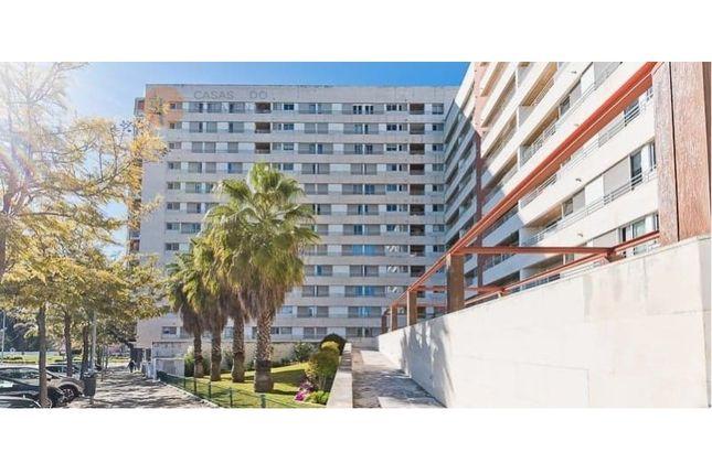 Thumbnail Apartment for sale in Quinta Das Conchas, Lumiar, Lisboa
