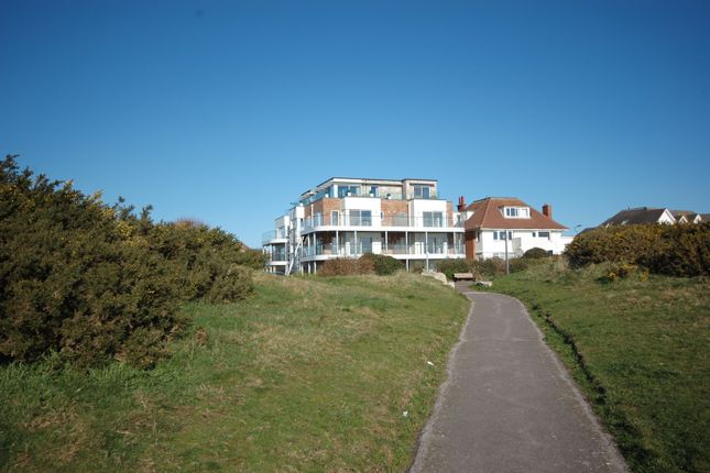 Thumbnail Flat for sale in 21 Boscombe Overcliff Drive, Bournemouth