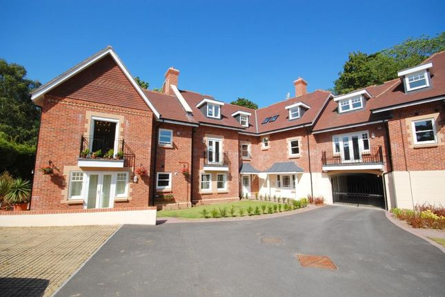 2 bed flat for sale in Meyrick Park, Bournemouth, Dorset