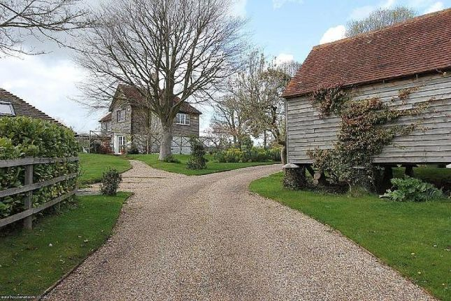 Thumbnail Detached house for sale in Midhurst Road, Petersfield