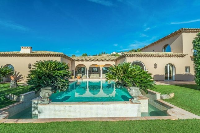 Thumbnail Property for sale in Les Issambres, Provence-Alpes-Cote D'azur, 83380, France