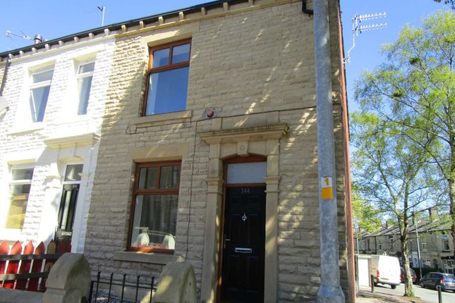 Thumbnail End terrace house to rent in Rochdale Road, Shaw, Oldham