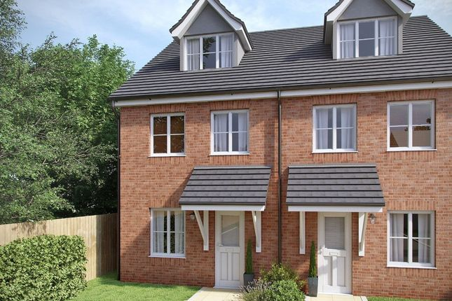 Thumbnail Town house for sale in Southampton Road, Cosham, Portsmouth