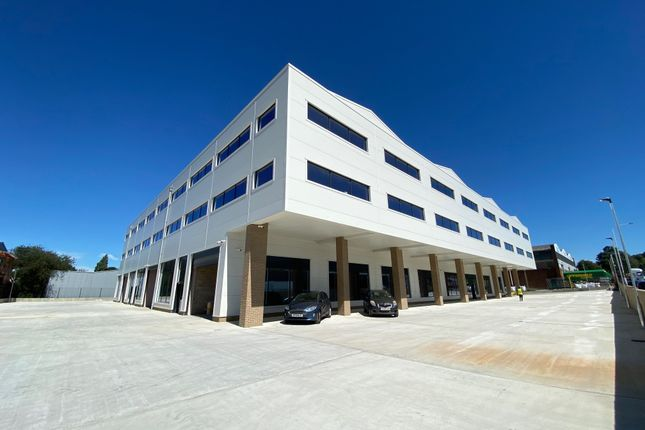 Thumbnail Office to let in Fowler, Hainault Business Park, Ilford