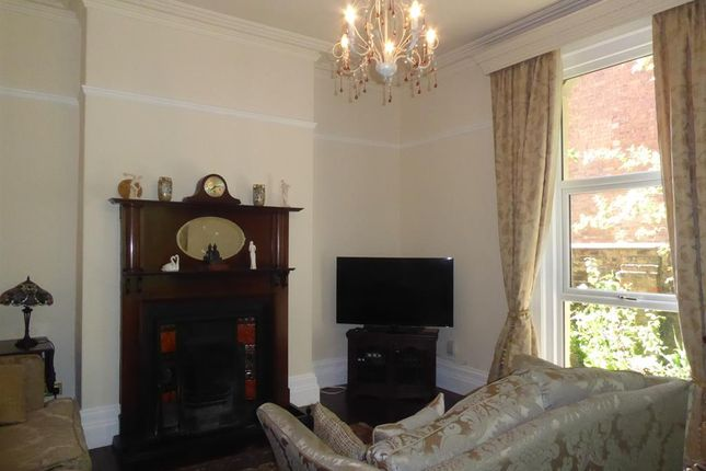 Drawing Room of Princes Avenue, Grimsby DN31