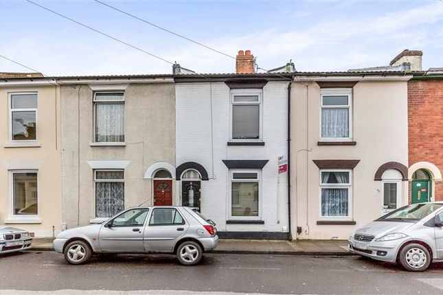 4 bed terraced house to rent in Hampshire Street, Portsmouth
