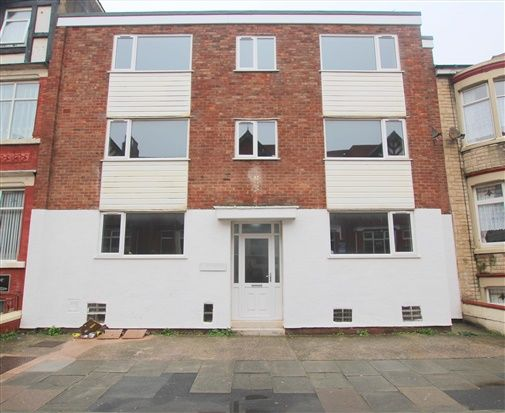 Thumbnail Flat to rent in 24A Lonsdale Road, Blackpool