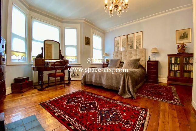 Master Bedroom 1 of Long Lane, Finchley, London N3