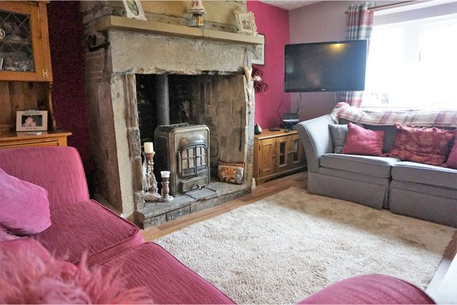 Thumbnail Terraced house for sale in Long Row, Thornton