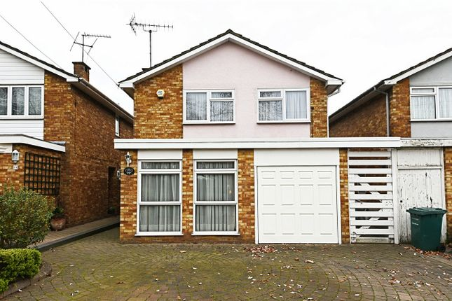 Thumbnail Detached house for sale in Friern Barnet Lane, Whetstone