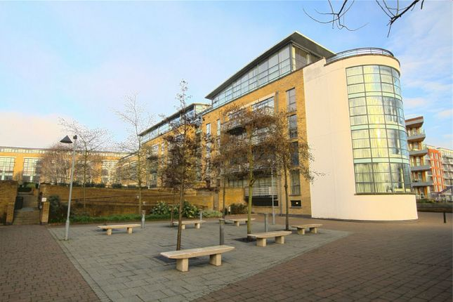 Thumbnail Flat to rent in Goat Wharf, Brentford