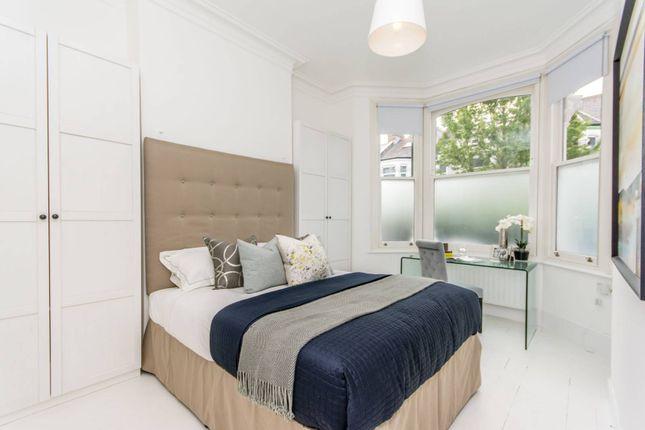 Thumbnail Flat to rent in Ashburnham Road, Kensal Rise