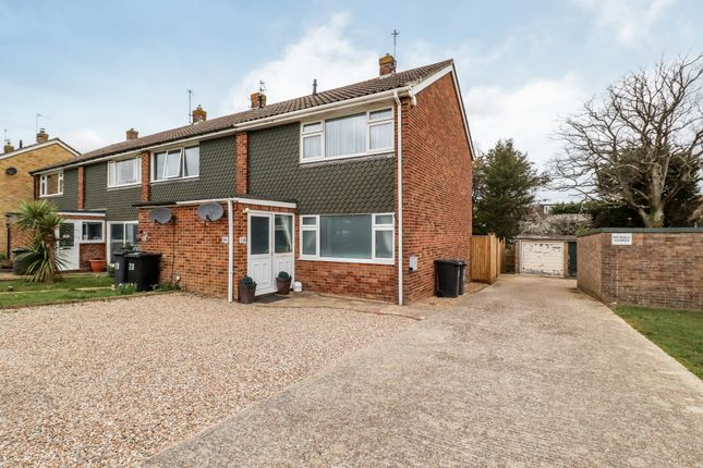 2 bed end terrace house for sale in Harmers Hay Road, Hailsham BN27