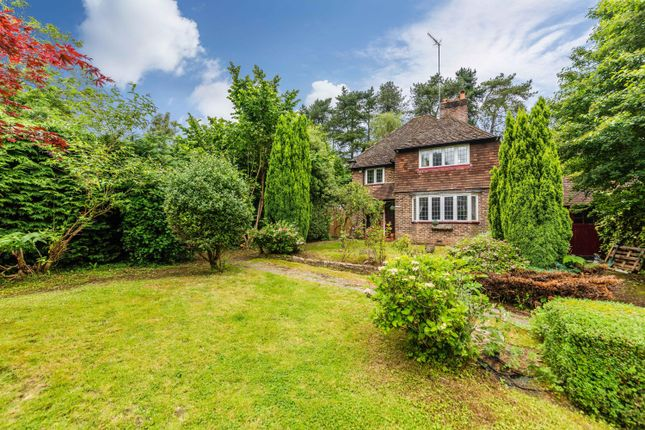 Thumbnail Detached house for sale in London Road North, Merstham, Surrey