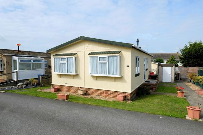 Thumbnail Mobile Park Home For Sale In Applegarth Seasalter Lane Whitstable