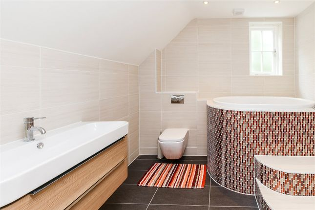 Bathroom of Cold Harbour, Goring Heath, Oxfordshire RG8