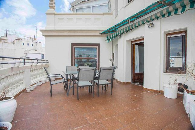 Thumbnail Penthouse for sale in Valencia, Spain