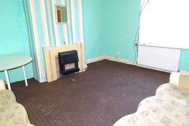 Picture No. 15 of Lidget Place, Bradford, West Yorkshire BD7