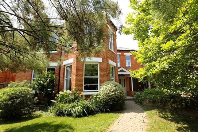 Thumbnail Detached house for sale in Crescent Road, Wimbledon
