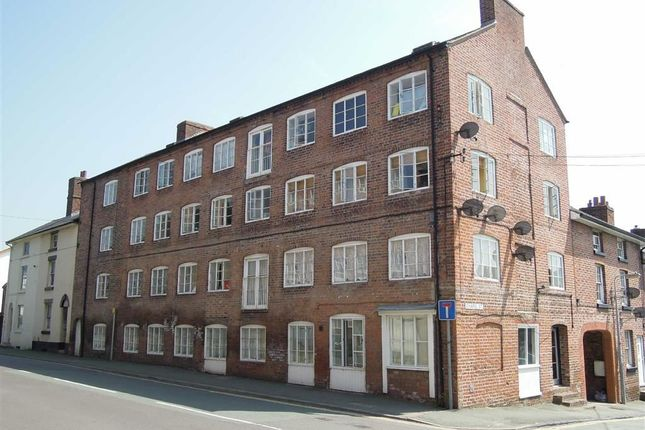 Thumbnail Flat to rent in Flat 8 Old Warehouse, Chapel Street, Chapel Street, Newtown, Powys