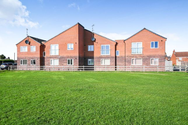 2 bed flat for sale in Mansfield Road, Bolsover S44