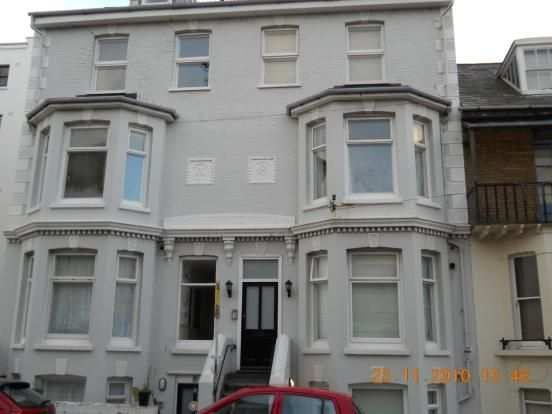 Thumbnail Flat to rent in Sondes Road, Deal