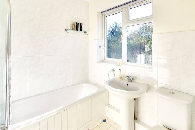 Bathroom of Eardley Road, Sevenoaks, Kent TN13