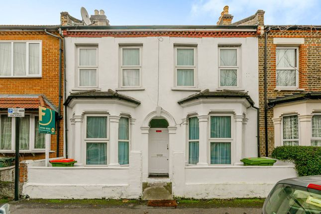 Thumbnail Terraced house for sale in Warwick Road, Stratford
