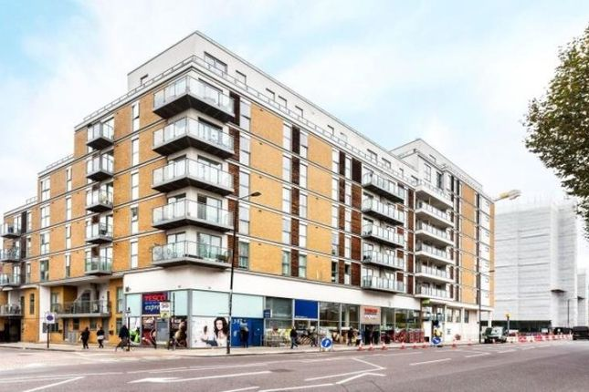 Thumbnail Flat to rent in Harley House, Westferry