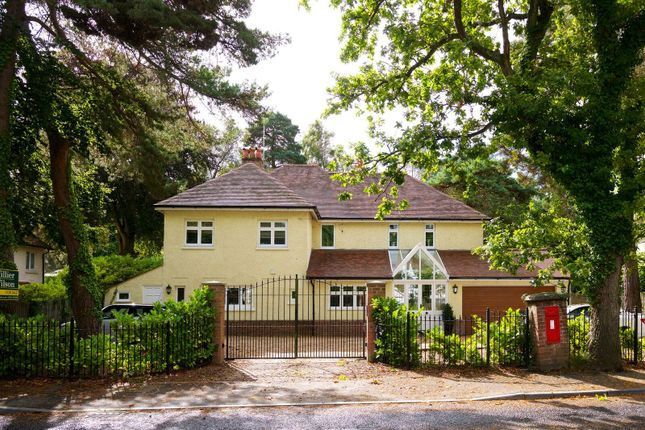 Thumbnail Detached house for sale in Dunyeats Road, Broadstone