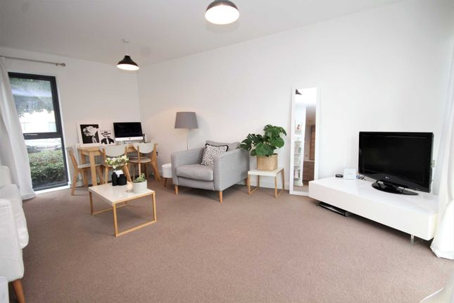 Thumbnail Flat for sale in Rollason Way, Brentwood
