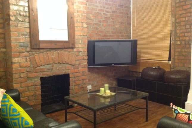 Thumbnail Terraced house to rent in Old Moat Lane, Withington