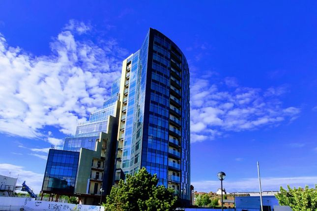 2 bed flat for sale in Riverside Drive, Liverpool, Merseyside L3
