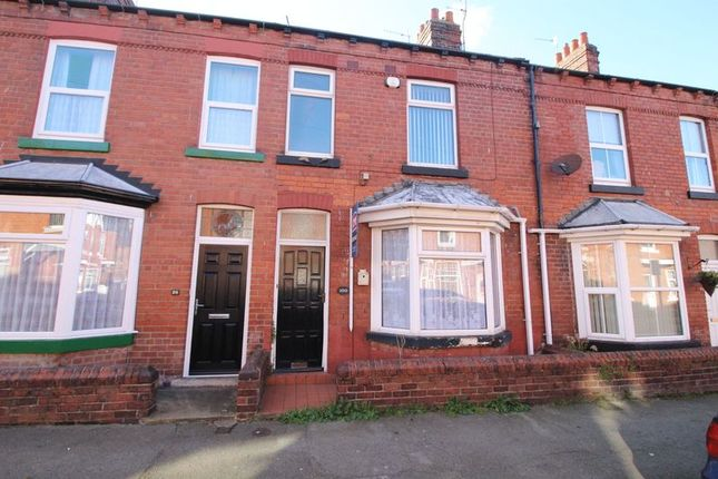 3 bed terraced house to rent in Moorland Road, Scarborough
