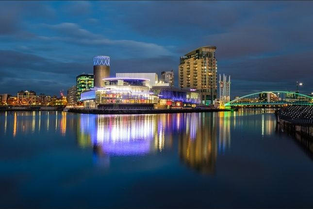 Thumbnail Flat for sale in Michigan Avenue, Salford Quays