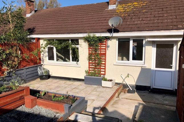 2 bed bungalow for sale in Bryn Glas, Aberporth, Cardigan SA43