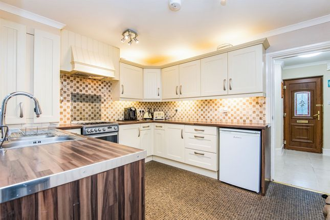 Thumbnail Terraced house for sale in Caxton Row, Norwood Road, Tiverton
