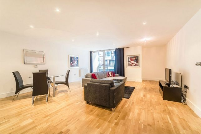 Thumbnail Flat for sale in Cobalt Point, Lanterns Court, 38 Millharbour, London
