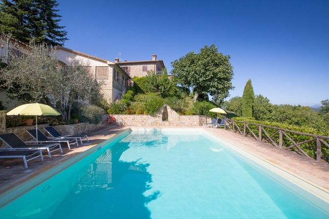 Montone A Piedi, Montone, Farmhouse, Swimming Pool With House And Annex