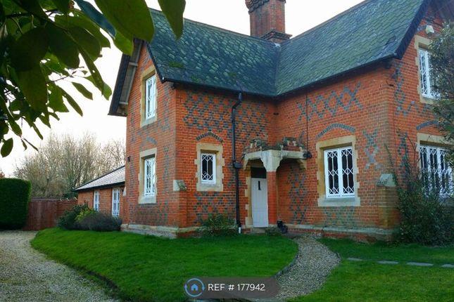 Thumbnail End terrace house to rent in Upper Terrace, Wokingham