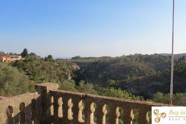 Thumbnail Villa for sale in Noto, Sicily, Italy